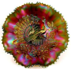 PEACOCKS by NORTHWOOD ~ INCREDIBLE GREEN CARNIVAL GLASS 8-RUFFLE BOWL
