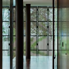 Gallery of Toblerone House / Studio MK27 - Marcio Kogan + Diana Radomysler - 11
