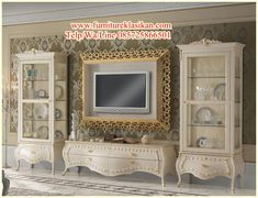 You Want to build a tv stand? Well, we have some TV Stand ideas for you. Muebles Shabby Chic, Shabby Chic Decor, Living Room Trends, Living Room Tv, Classic Furniture, Luxury Furniture, Home Tv Stand, Bedroom Tv Stand, Casa Retro