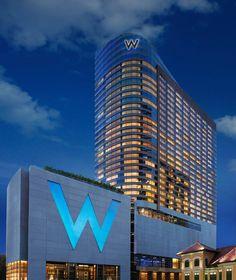 Мировая гостиничная сеть Starwood Hotels & Resorts объявила об открытии своего нового отеля W, на сей раз в столице Таиланда, Бангкоке. Расположенная на пересечении дорог Sathorn и Narathiwas, на месте бывшего посольства России, 31-этажная башня представляет собой сооружение из стекла и стали в современной архитектурной стилистике.
