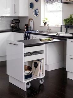 Don't feel limited by a small kitchen space. Get design inspiration from these c… Don't feel limited by a small kitchen space. Get design inspiration from these charming small kitchen designs. Diy Kitchen, Kitchen And Bath, Kitchen Storage, Kitchen Decor, Kitchen Organization, Kitchen Sinks, Kitchen Small, Kitchen Island, Small Kitchen Counters