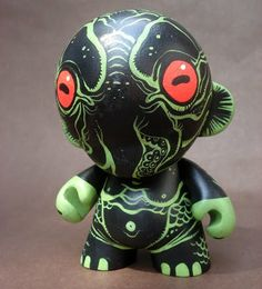 Google Image Result for http://3.bp.blogspot.com/-Y3fqWuSHqdw/TjKlOPy6-1I/AAAAAAAAxXE/8IquKLeBE4I/s1600/cthulhu_munny_by_missmonster-d41yvyl.jpg