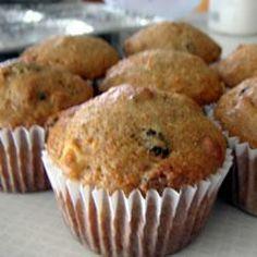 Muffins Morning Glory @ allrecipes.fr Ces muffins vous permettront de bien démarrer la journée. Ils contiennent un petit peu de tout : carottes, raisins secs, pommes, germes de blé et noix.