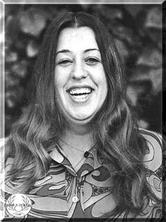 """Mama"" Cass Elliot ~ Celebrity Deaths: Find a Death Celebrity Deaths, Celebrity Photos, Skinny Celebrities, Celebs, Classic Singers, Make Mine Music, Michelle Phillips, 60s Music, British American"