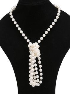 White 1920s Pearl Flapper Necklace – vintage1950s Jewelry Accessories, Fashion Accessories, Fashion Clothes, 1920s Looks, Flapper Headpiece, Faux Pearl Necklace, Expensive Jewelry, Stunning Dresses, Shape Patterns