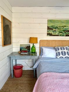 My Stay at Sea Roost in Montauk William Morris, Small Beach Houses, Exposed Wood, Wood Ceilings, River House, Cabin Homes, Small Living, House Plans, House Styles