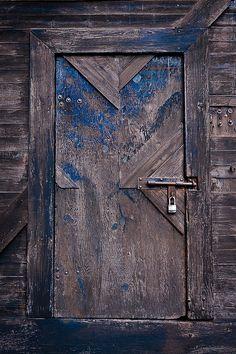 Old Door in Griffin Town