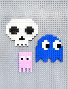 Lego // 8-bit ghosts, eyes & skulls!