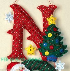 Bucilla NOEL ~ Felt Christmas Wall Hanging Kit #86539, Santa, Frosty, Teddy Bear
