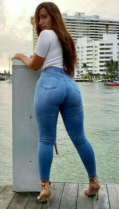 Superenge Jeans, Skinny Jeans, Sexy Outfits, Sexy Dresses, Sweet Jeans, Curvy Women Fashion, Girls Jeans, Sexy Women, Tights