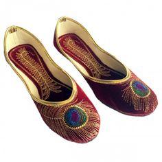 e14b060fe345 Step N Style Women s Mehroon Peacock Punjabi Jutti Khussa Shoes Flat Mojari  Material  Velvet Lifestyle  Ethnic and Traditional Heel Type  Flat