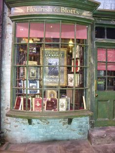 I should be able to get all of my school books at Flourish & Blotts Harry Potter Halloween, Harry Potter Dolls, Harry Potter Shop, Harry Potter Studios, Harry Potter Christmas, Harry Potter Diagon Alley, Hogwarts, Slytherin, Harry Potter Laden