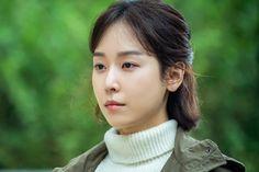 "Seo Hyun Jin Transforms Into A Determined Teacher With A Traumatic Past In ""Black Dog"" Seo Hyun Jin, Real Teacher, Feeling Hopeless, K Pop Star, Park Shin Hye, Beauty Inside, Korean Actresses, Photo A Day, Korean Beauty"