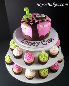 Google Image Result for http://rosebakes.com/wp-content/uploads/2012/11/Look-Whoos-1-Owl-Birthday-Cake-and-Cupcake-Tower-2-590x737.jpg