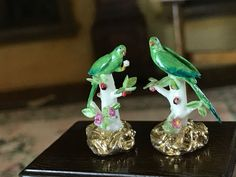Jack Cashmere - porcelain parakeet figurines Small Figurines, Miniature Figurines, Tiny Treasures, Dollhouse Miniatures, Artisan, Porcelain, Christmas Ornaments, Antiques, Holiday Decor