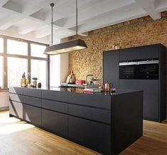 Microwave and pulse Steam functions: for a maximum of options.  TFT Touchdisplay Plus: optimum readability and intuitive operation.  RoastingSensor and bakingSensor: detect the exact moment when your food is done.  ActiveClean: the automatic system for effortless cleaning.  Cook Control Plus: guaranteed success for numerous dishes. Warm Kitchen, Loft Kitchen, Kitchen Interior, Kitchen Dining, Kitchen Decor, Handleless Kitchen, Cocinas Kitchen, Modern House Design, Decorating Kitchen