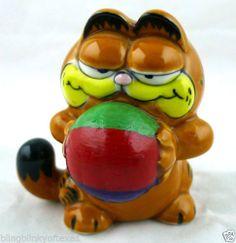 Garfield Beach Ball Baby Ceramic Figurine Enesco 1981