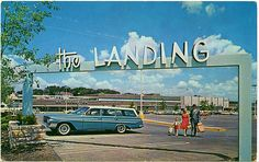 Wagons in vintage Street scenes - Page 63 - Station Wagon Forums Kansas City Shopping, Kansas City Missouri, Old Signs, My Childhood Memories, Family Memories, Station Wagon, Looks Cool, Historical Photos, Cool Photos
