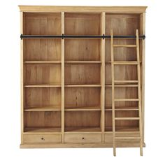 Bücherregal aus Mangoholz mit Leiter, B 190cm Jetzt bestellen unter: https://moebel.ladendirekt.de/wohnzimmer/regale/buecherregale/?uid=a42840a6-0137-5895-8056-f9cc8b8ae0f3&utm_source=pinterest&utm_medium=pin&utm_campaign=boards #buecherregale #wohnzimmer #regale