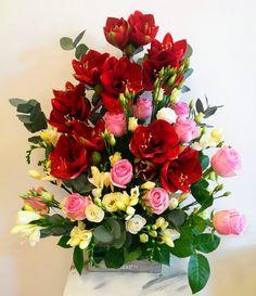 Lady Slipper Orchid, Floral Wreath, Victorian, Romantic, Wreaths, Plants, Mary, Home Decor, Album