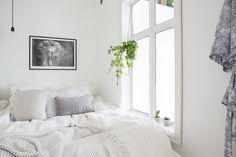 Apartment with a tiny bedroom - FLOORPLAN gravityhomeblog.com - instagram - pinterest - bloglovin