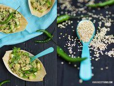 Warmer Quinoa Salat mit Avocado
