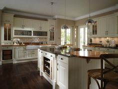 Cornell Classic | Kitchen Specialists Cheshire Puddled Duck Kitchens