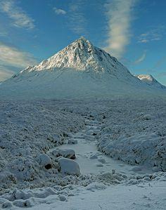 Buachaille Etive Mòr (white) by kenny barker, via Flickr