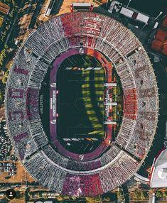 Aerial view of the Estadio El Monumental, as River Plate play Boca Juniors Football Stadiums, Football Field, Football Pitch, Football Art, Flight Lessons, World Cup Winners, Florida International University, Aerial Drone, Birds Eye View