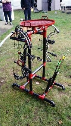crossbow diy,crossbow accessories,crossbow arrows,survival tips,survival gear Crossbow Targets, Diy Crossbow, Crossbow Arrows, Crossbow Hunting, Archery Hunting, Archery Targets, Archery Range, Archery Target Stand, Bow Rack