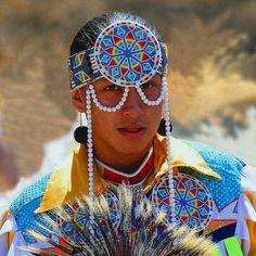 En Shalla likes native american beadwork, feathers and yellow silk shirt....groovy