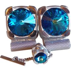Blue Rivoli Rhinestone Mesh Wrap Signed Vintage Estate Cufflinks Set..