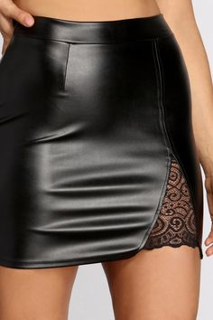 Black Skirt Outfit Party, Black Skirt Outfits, Leather Skirt Outfits, Pencil Skirt Outfits, Party Skirt, Black Leather Mini Skirt, Leather And Lace, Faux Leather Skirt, Leather Fabric