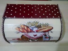 Bakery Box, Arte Country, Bread Boxes, Decoupage Box, Gift Store, Ideas Para, Lunch Box, Gifts, Bread Holder