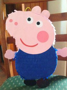 Esta piñata de cerdo de George se construye al último muchos éxitos. Se hace con detalle para tratar de capturar el carácter justo. También hacemos su hermana (peppa pig) que es popular con las chicas. También disponible con estas Piñatas son coincidencia lollie bolsas con adhesivos de Pig Birthday, 4th Birthday Parties, Birthday Party Decorations, Party Themes, George Pig Cake, George Pig Party, Peppa Pig Pinata, How To Make Pinata, Diy Party