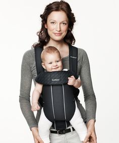 Small and handy baby carrier