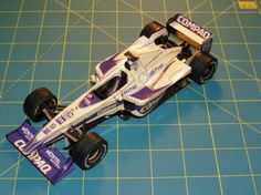 F1 Paper Model - Williams FW22 Paper Car Free Vehicle Paper Model Download