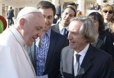 Carlitos Balá visitó a Francisco en el Vaticano