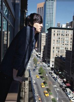 Breathing at high place in the city. Lee Min Ho, Korean Star, Korean Men, Asian Men, Korean Celebrities, Korean Actors, Korean Dramas, Celebs, Kdrama
