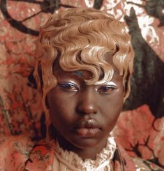 "driflloon: ""aweng chuol for vogue italia apr. 2018 "" – Beauty Make up Styles Photo Trop Belle, Pretty People, Beautiful People, Poses, Black Girl Aesthetic, Aesthetic People, Couture, Drawing People, Makeup Inspo"