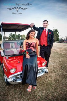 Very cool Prom picture....love the golf cart!
