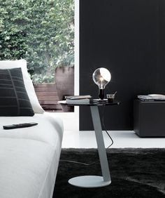 Jesse Chicago - products - day collection - coffee tables - puck