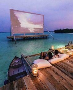 Movie projector in Maldives? Movie projector in Maldives? Vacation Places, Dream Vacations, Vacation Spots, Vacation Movie, Honeymoon Places, Vacation Wear, Tourist Spots, Aloita Resort, Maldives Resort