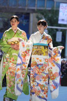【画像 23/52】日本橋が着物ショーの舞台に「日本橋ランウェイ」新作50着を披露   Fashionsnap.com