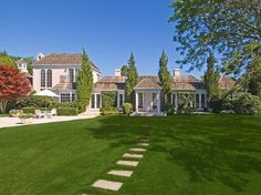 Adrienne Vittadini in the Hamptons, Estate of the Day