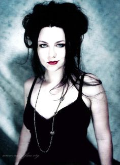 Amy Lee. Evanescence  Amy makes her own performance costumes and she says they're different from her personal style.  Even so, She is a Fashion Leader in Goth. It's a shade darker than High Victorian and so Unique.  Nov 20, 2011 | Pictures world Sweet
