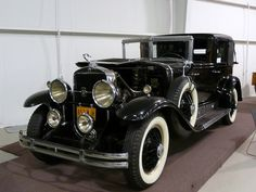 1929 Cadillac Maintenance/restoration of old/vintage vehicles: the material for new cogs/casters/gears/pads could be cast polyamide which I (Cast polyamide) can produce. My contact: tatjana.alic@windowslive.com