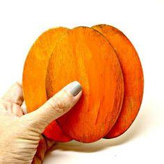 Smilemonsters: Wooden Oval Pumpkins