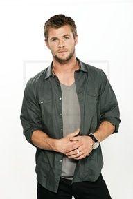 Chris Hemsworth #Home