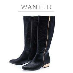 Złote akcenty- łatwo stracić dla nich głowę :) #gold #boots #shoes